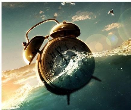 Warum aktuell viele Menschen das Gefühl haben als ob die Zeit rasen würde (Das Phänomen erklärt + Die Wahrheit über das Konstrukt der Zeit)
