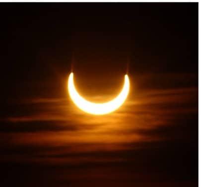 Eine partielle Sonnenfinsternis erreicht uns